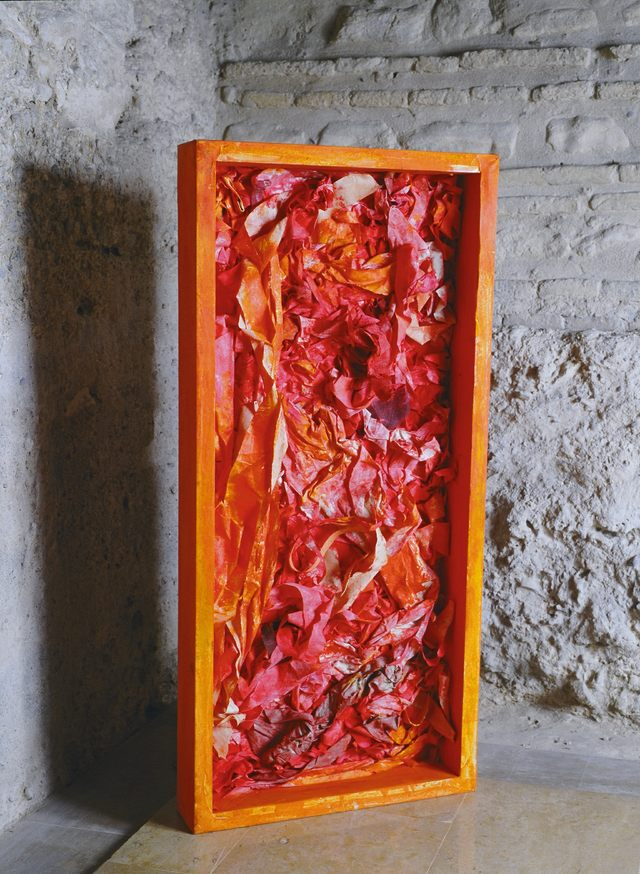 VISCERAL,2004 Téc mixta, madera, tela, 50 x 107 x 10 cm